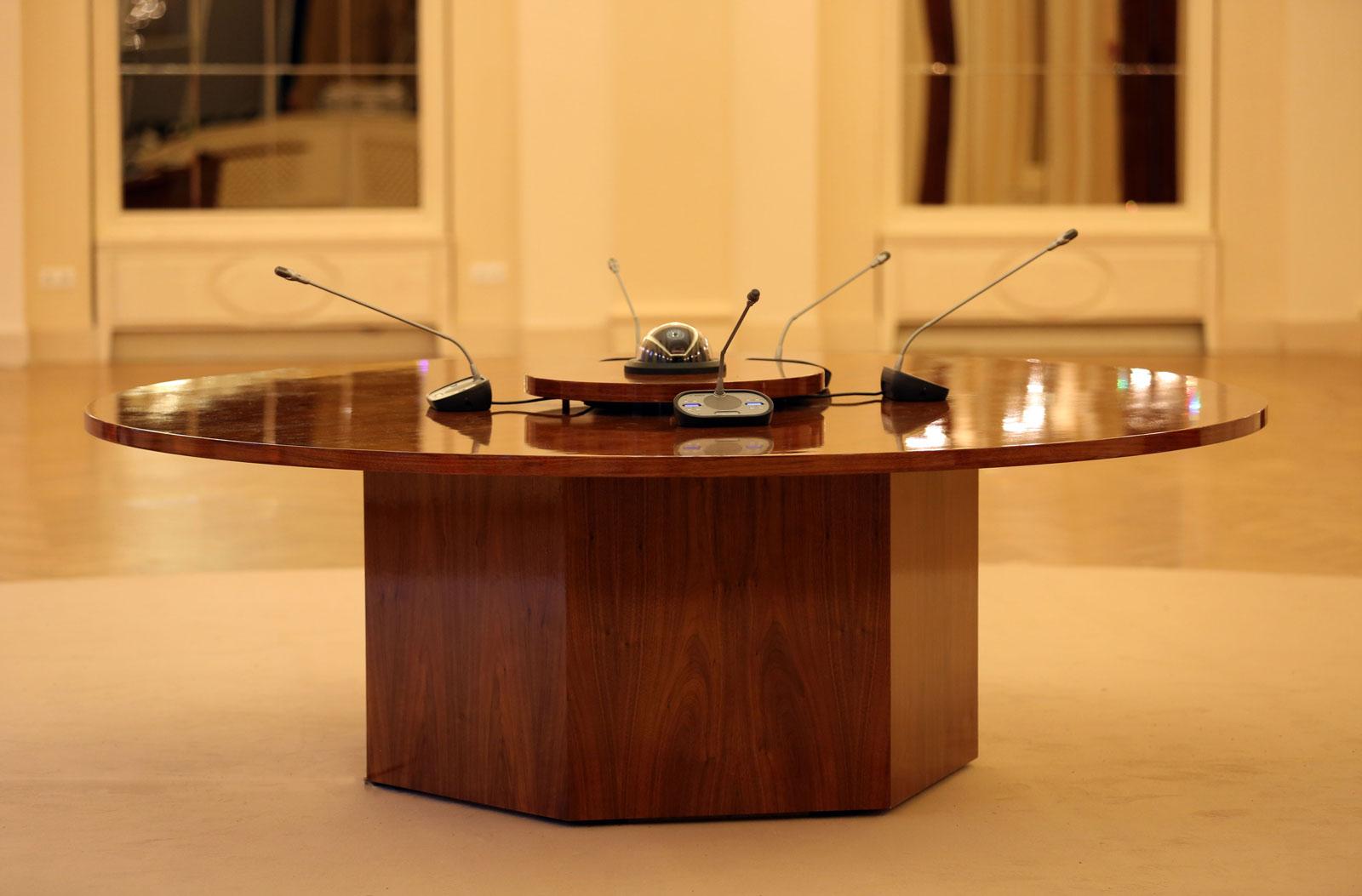 targyaoasztal-4
