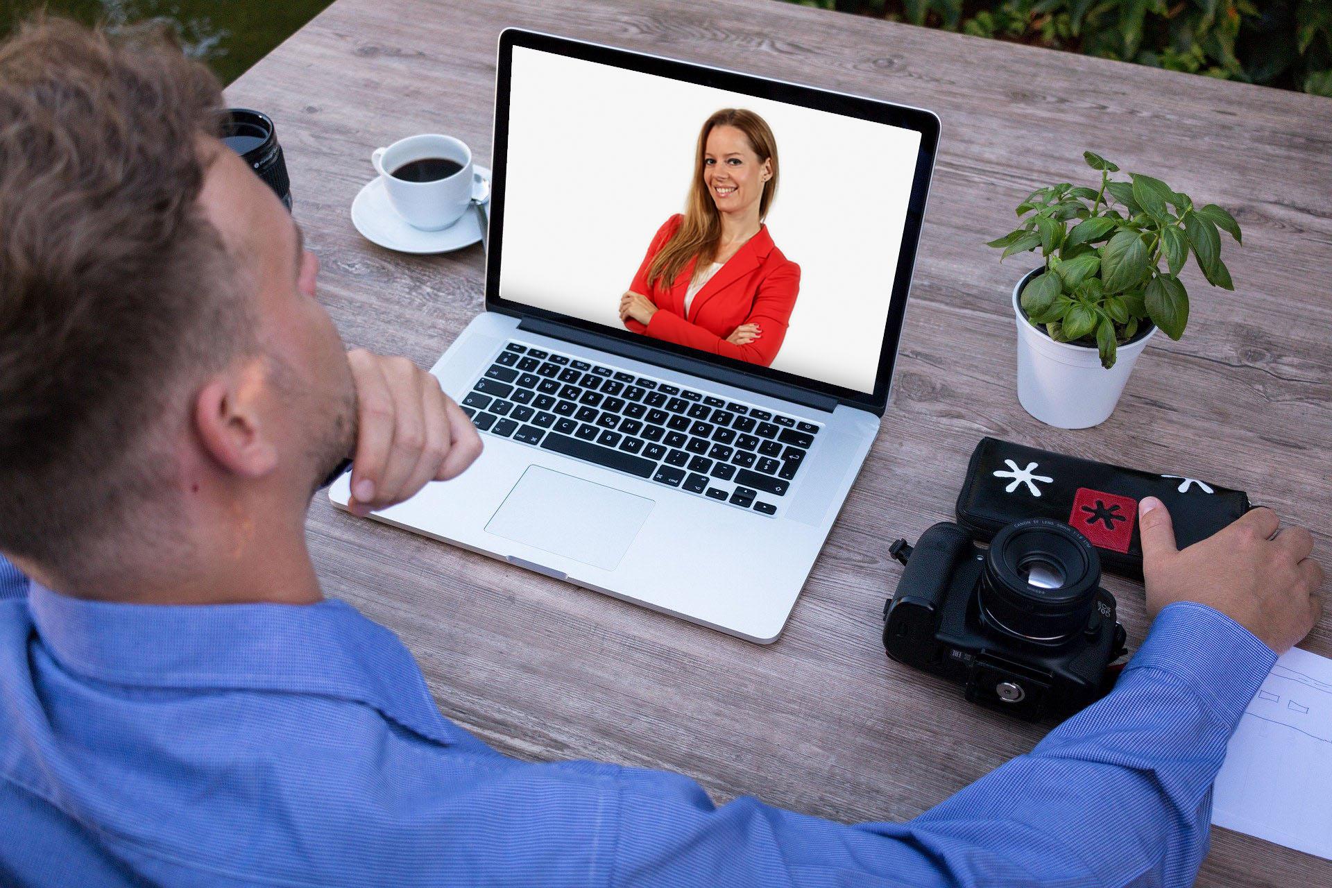 on-line lakberendezés